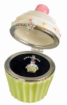 Cupcake Trinket Box With Cupcake Necklace